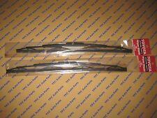 Toyota Tundra Front Wiper Blades Set of 2 Genuine Toyota U Hook OEM 2000-2006