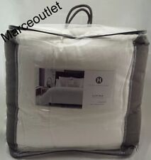 Hotel Collection 680 Thread Count Full / Queen Comforter White