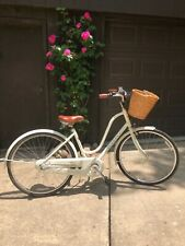 Classic Electra Amsterdam 3i ladies bicycle same brand as townie!