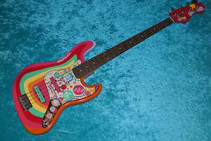Fender Rocky Jazz Bass Squier guitar vintage design custom standard