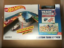 Hot Wheels Track Builder Custom turn Kicker Playset! Comes with car!