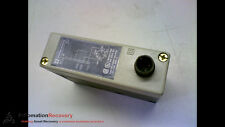 TELEMECANIQUE XUJ-K103534 PHOTOELECTRIC SENSOR 12-24VDC, NEW* #160579