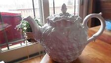 """Spode """"Williamsburg"""" off white tea pot"""