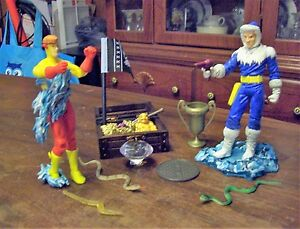 DC  Figure Lot of 2 Loose KID Flash CAPTAIN COLD + ACCESSORIES SOME CUSTOM
