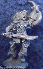 1984 Elfo Oscuro C09 08 Bruja Mujer Fanatic Ciudadela De Los Elfos pre slotta Warhammer D&D