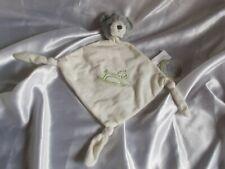 Doudou ours gris et blanc, broderie cheval à bascule, Carré Blanc