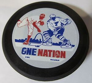 ONE NATION HOCKEY PUCK ST. LOUIS BLUES/ CARDINALS 2017 WINTER CLASSIC WINCRAFT