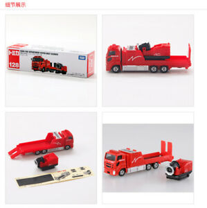 Vietnam made128 Naha large water mist fire truck alloy car model toy truck toy