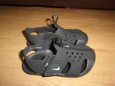 Nike Sunray Protect 2 Black toddlers sandals size 6.5