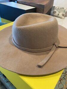 Sportsgirl 💯%Wool Tan Hat Never Worn