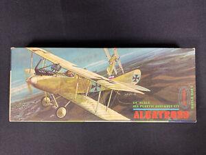1963 Aurora 1/48 Scale Albatross WWI Model Airplane Kit #142-98