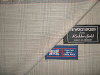 100% PURE NEW WOOL WORSTED SUITING FABRIC IN CHECK DESIGN MADE IN ENGLAND–3.75 m