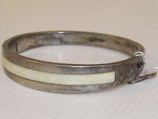 Bracelet Rigide Ouvrant en Argent Massif, Poinçons. Vintage 70'