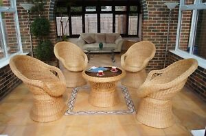 Natural wicker conservatory furniture seat