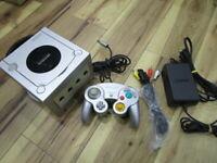Nintendo GameCube Console Silver w/controller GC Japan T682