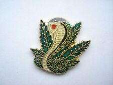 KING COBRA SNAKE VIPER WEED LEAF VENOM RARE NEW VINTAGE PIN BADGE SALE FREE POST