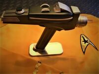 Star Trek TOS Phaser Pistol Remote - The Wand Company
