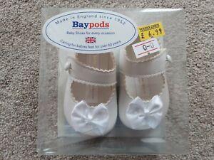 Baypods White Baby Girls Pram Shoes Size 0-3 Months BNWT