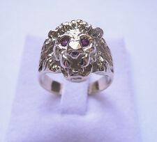 Bague or tête de lion Marjan avec yeux rubis