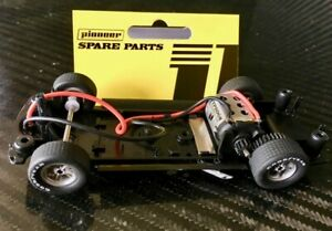 Pioneer CH200642 Analog RTR Race Chassis 1/32 Slot Car