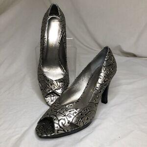 Andiamo Silver & Black Floral/Vine Trophy Peep-Toe Heels, Size 8