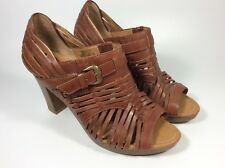 "Fossil Shoes Women's Brown Leather Sandals  3.5"" Chunky Round Heel Size 8"