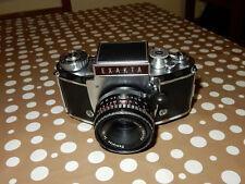 fotocamera EXAKTA ll b con ob. Meyer optik Domiplan  2,8/50 e pozzetto