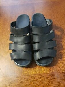 Womens Dansko Sandals Size 40