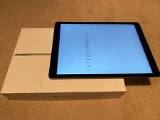 Apple iPad Pro 1st Gen. 128GB, Wi-Fi + 4G (Unlocked), 12.9 in with keyboard VGC