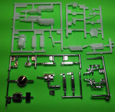 1932 Ford 3 Window Coupe 1/25 302 motor engine chrome shorty headers hot rod lot