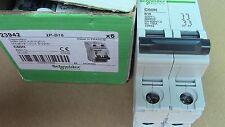 Disjoncteur C60n 2p B16 16a Schneider 23942
