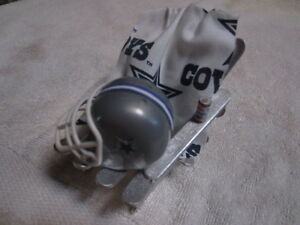 NFL NFC EAST: DALLAS, NY GIANTS, PHILLY, WASHINGTON Chair Cake Topper/Ornament