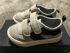 Oshkosh Bgosh Toddler Boy Shoes Size 5 Robin-B Gray NEW