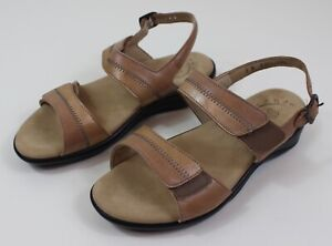 SAS Size 8 W Tripad Nudu Dawn Beige Leather Comfort Back-Strap Sandals Women's