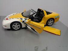 1:18 UT Models Chevy Corvette ('99) Rolex 24 Hrs of Daytona Pace Car