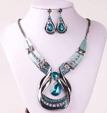 Silver Tone Metal Corte Cristal Turquesa Lágrima Collar Pendiente Conjunto