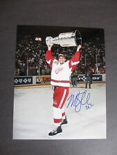 MIKE KNUBLE AUTOGRAPHED 8x10 COLOR PHOTO DETROIT RED WINGS WITH CUP