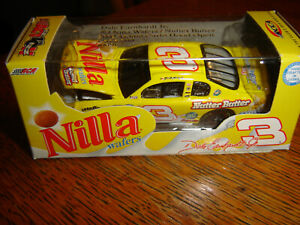 Dale Earnhardt Jr #3 Nilla Wafers Nutter Butter '02 Action RCCA H/O 1/64 NEW