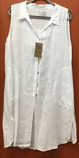 Match Point Linen  White  Top   Shell buttons ! Small