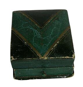 Vintage Green Ring/Display Jewelry Box