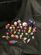 Mixed Lot of  Toys Small Figures Disney & Other Brands Of Toys. (A4)