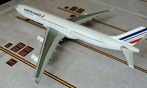1/400 Air France A340-300 F-GLZJ by Hogan /Socatec .BRAND NEW
