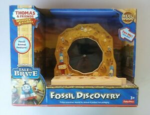 Fisher-Price Thomas & Friends Wooden Railway, Fossil Discovery Train Dinosaur