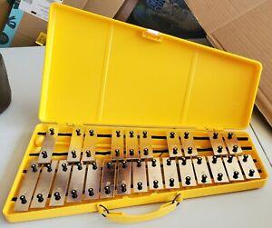 TROPHY Xylophone Glockenspiel 25 Notes Mallets Case
