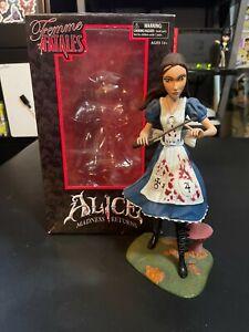Femme Fatales : Alice Madness Returns Figure - Diamond Select