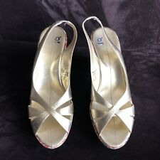 Nike Air Women's Size 9.5B Gold Slingback Peep Toe Patent Wedge Sandals