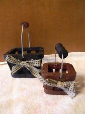 Boyds CAROLINE'S STRAWBERRY BASKETS #65161 ~Set of 2  ~ wood w/ handles