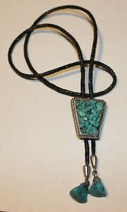 BEAUTIFUL Vintage Bolo Southwest LARGE Turquoise W/ Black Leather Cord MUST SEE!