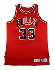 SCOTTIE PIPPEN SIGNED 1991-1992 GAME USED WORN CHICAGO BULLS NBA HOME JERSEY