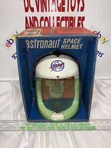 1967 IDEAL ASTRONAUT SPACE HELMET IN ORIGINAL BOX RARE! NASA W/ VISOR SPACE MIKE